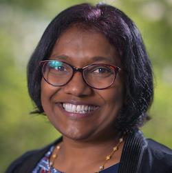 Portrait of Erosha Bakmiwewa